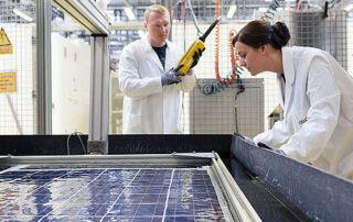 Hanwha solar panel production